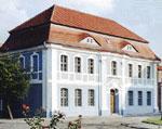 Die Frontseite des Kleist-Museum in Frankfurt (Oder) in seitlicher Ansicht.